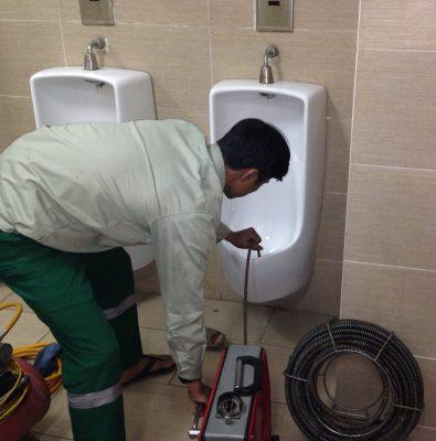 Xử lý mùi hôi nhà vệ sinh - Cam kết hết mùi hôi khó chịu